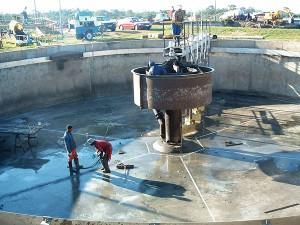 Concrete-protection-repairs-to-clarifier